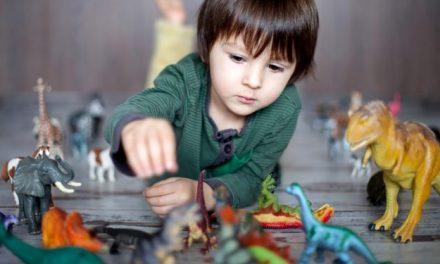 Copilul tău este pasionat de dinozauri? Are o inteligență superioară