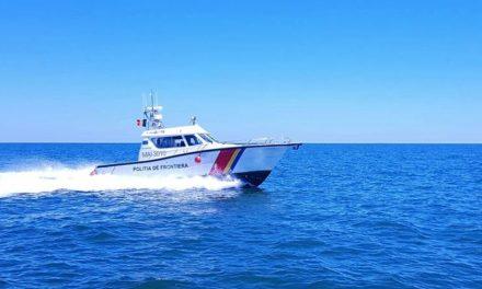 Ambarcațiune de pescuit cu trei persoane, dispărută pe mare, în zona Mangalia