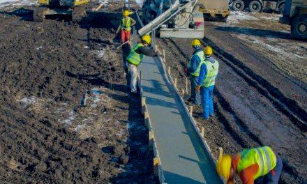 Afaceristul care a construit un metru de autostradă în Moldova, luat în vizor de autorități