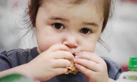 """Părinții care își cresc copiii cu dieta vegană sunt inconștienți! Mihaela Bilic: """"Sub nicio formă la copii. Au nevoie de nutrienți speciali"""""""