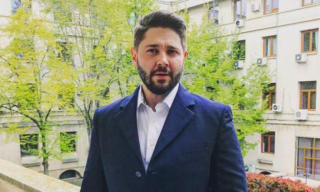 """S-a votat. Constănțenii vor plăti taxe și impozite mult mai mari! Consilierul independent Popescu și-a """"vândut"""" votul PSD-ului"""