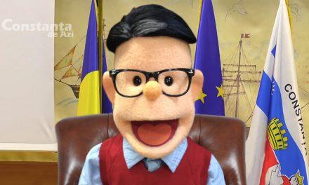 El este Făgăuță! Papițoiul folosit pentru a transmite discursurile de pe Facebook ale primarului