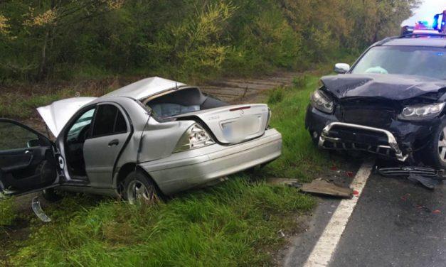 FOTO. Accident grav în curba periculoasă din localitatea Mircea Vodă. O persoană este în comă!