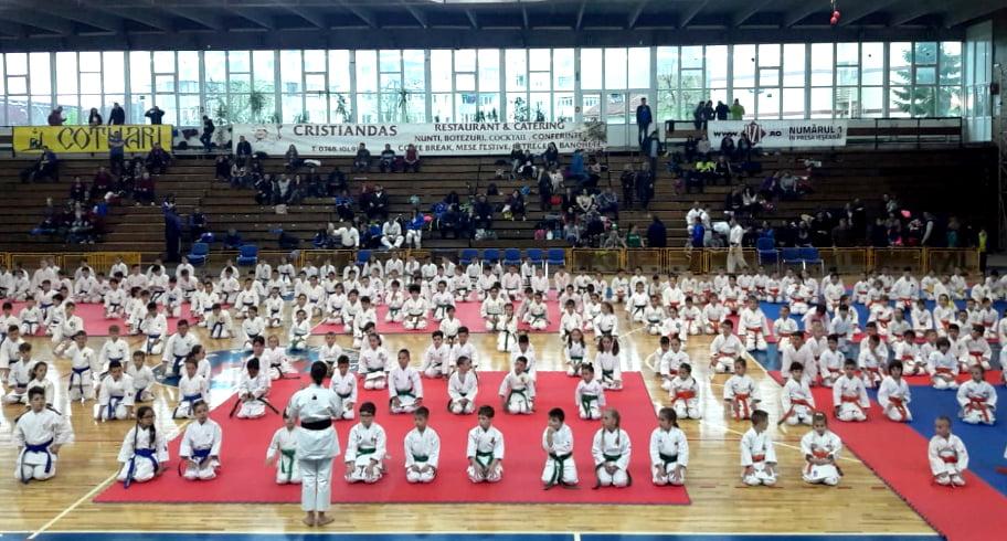 Cinci copii din Eforie vor reprezenta România la Campionatul Mondial de Karate