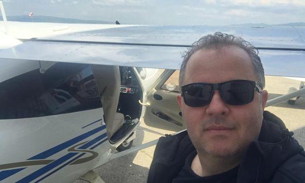 Fratele Corinei Martin a murit într-un accident de avion