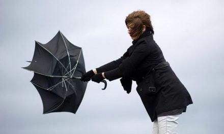 Constanța, sub avertizare meteo COD GALBEN de vânt puternic până mâine seară