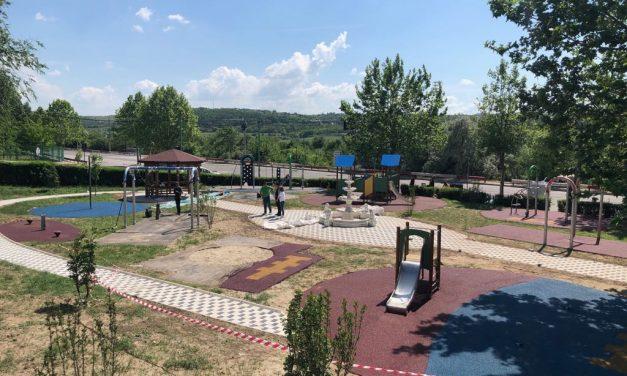 Locurile de joacă pentru copii din Cernavodă, reabilitate de Primărie