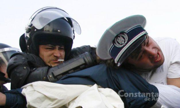 """Scandal! Poliția Rutieră Constanța își mută sediul de lângă Jandarmerie. """"Ne bat, ne gazează, ne fură pachețelul"""""""