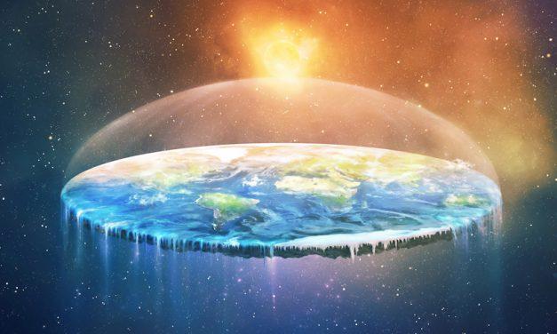Adepții teoriei Pământului plat din România se reunesc și fac un experiment ca să arate că au dreptate