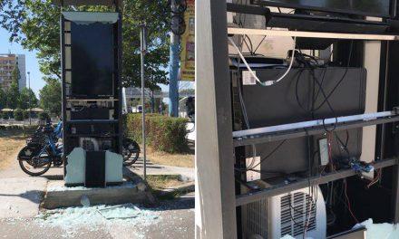 O altă stație de bike sharing din Constanța a fost vandalizată! Este a patra în decurs de o lună