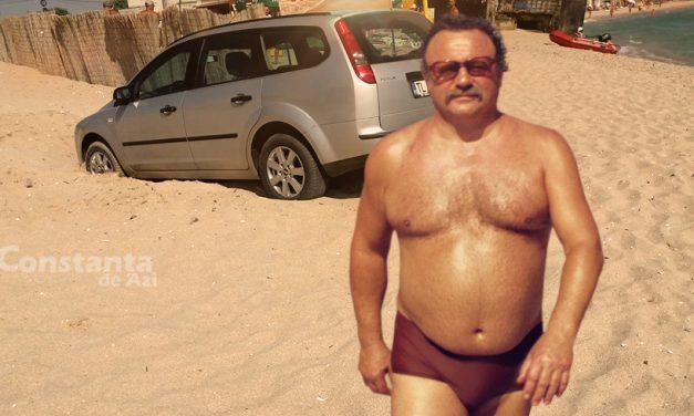 Ca să nu fie furat pe plajă, un turist și-a parcat mașina peste groapa unde și-a pus portofelul