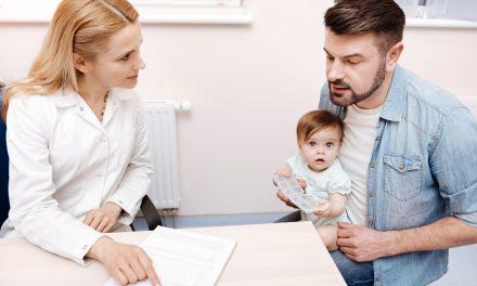 Cadrele didactice, medicii și asistenții care intră în contact cu copii, obligați să prezinte adeverință de non-violator