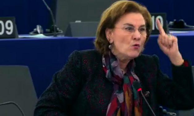 """VIDEO. Maria Grapini s-a răstit la Donald Tusk în Parlamentul European și se laudă că i-a dat """"șah mat"""""""