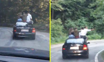 VIDEO. Tineri teribiliști, filmați în timp ce merg pe capota unei mașini pe Transfăgărășan