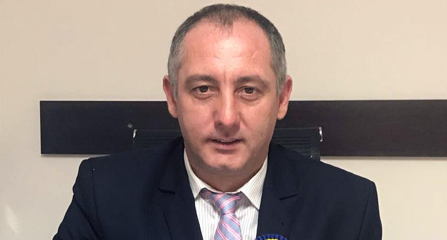 """Primar PSD, către diasporeni: """"Hai sictir, gunoaie, paraziţi, spălători de bude în Occident"""""""
