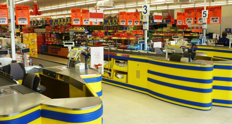Magazinele Lidl scoat complet de la vânzare produsele de plastic de unică folosință