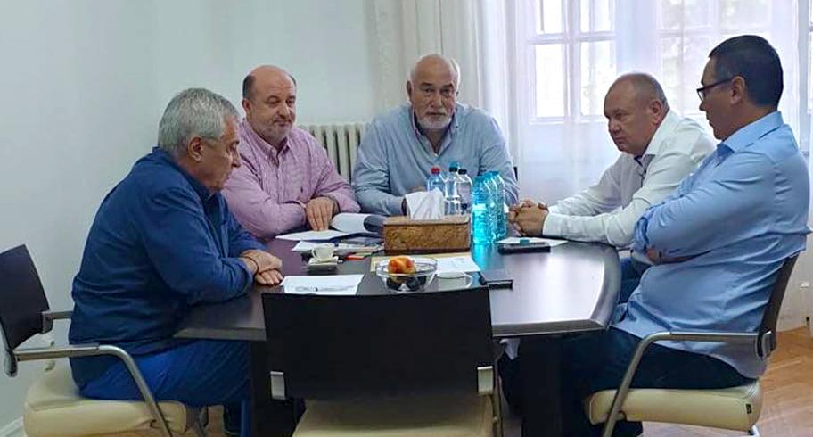 """Tăriceanu face alianță cu Ponta. """"Vom fi a treia forță politică parlamentară"""""""
