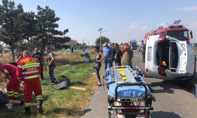 GALERIE FOTO / Accident rutier între Ovidiu și Kogălniceanu. Două mașini s-au făcut praf