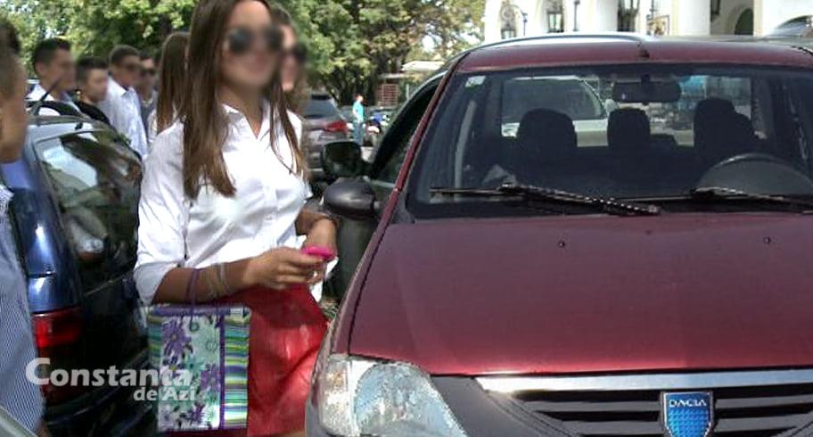 Elevii de la Mircea, evacuați de urgență după ce în fața liceului a fost parcat un Logan