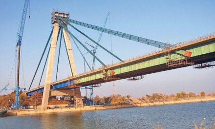 O femeie s-a sinucis aruncându-se în canal de pe podul de la Agigea