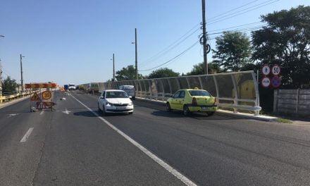 Primăria a închis Podul de la Butelii ca să reabiliteze partea care a fost reabilitată acum 6 luni. Apoi, probabil, vor începe lucrările de reabilitare a Podului