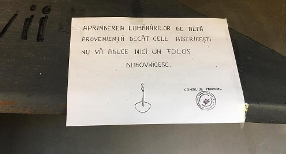 """Mesaj hilar la o biserică din Năvodari: """"Aprinderea lumânărilor de altă proveniență decât cele bisericești nu vă aduce niciun folos duhovnicesc"""""""