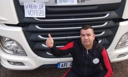 """O şoferiţă de tir """"răpește"""" tiriștii români din Europa și îi duce la secția de votare"""