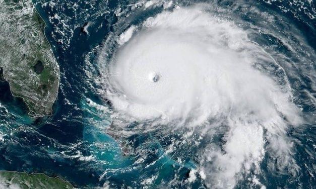 """Marea Neagră va fi lovită de primele uragane din istoria sa. Academicianul Eugen Rusu: """"Uraganele vor fi ciclonice"""""""