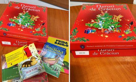 Cadouri de Sărbători pentru copiii de la școala și grădinița din Lumina