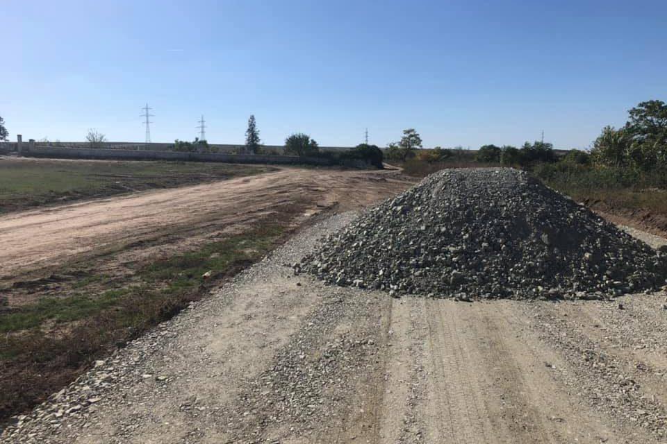 Drumurile spre cimitir din comuna Nicolae Bălcescu vor fi asfaltate