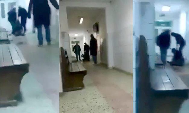 VIDEO. Bărbat bătut pe holurile spitalului de un brancardier și doi infirmieri. Voia doar să se încălzească