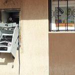 FOTO. Bancomat aruncat în aer de hoți la Constanța. Indivizii au reușit să fure caseta cu bani