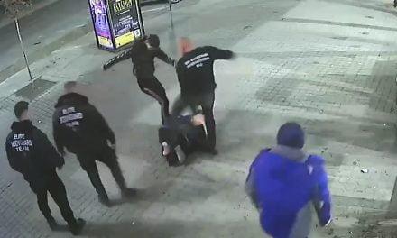 VIDEO. Bărbat rupt în bătaie de bodyguarzi. L-au lovit de 51 de ori, niciun agresor nu este cercetat