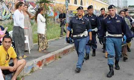 300 de romi au fugit din Italia dintr-un focar și s-au întors acasă. Au mințit că vin din Germania