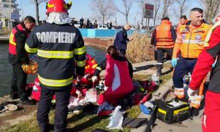 Un bărtrân și nepotul său au căzut cu mașina în lacul Tăbăcărie