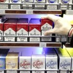 Ministerul Sănătății recomandă Parlamentului să nu interzică reclamele la țigări și expunerea în magazine