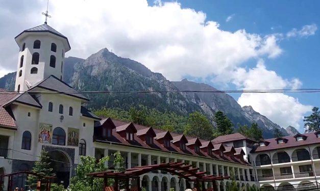 Un deputat liberal cere BOR să pună la dispoziție spațiile de cazare din mănăstiri pentru carantină