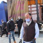 Mohamed Murad duce la ușa a 15.000 de pensionari constănțeni 70 de tone de alimente. Odată la 5 zile, vor primi câte un pachet cu alimente