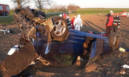 VIDEO. Un şofer s-a răsturnat pe DN3, după ce a pierdut controlul volanului