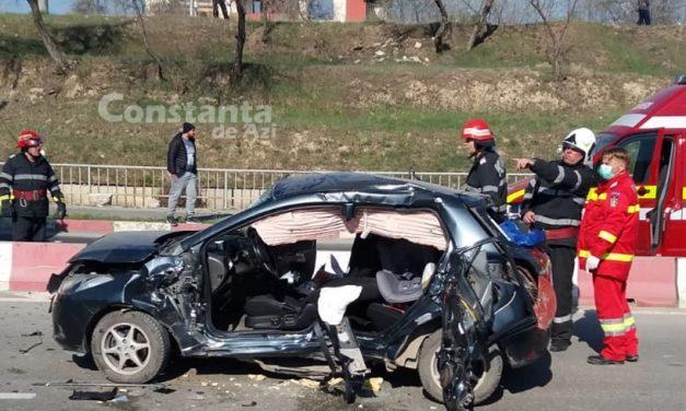 VIDEO. Accident pe drumul ce leagă Mamaia de Năvodari. O victimă a fost transportată cu elicopterul la spital