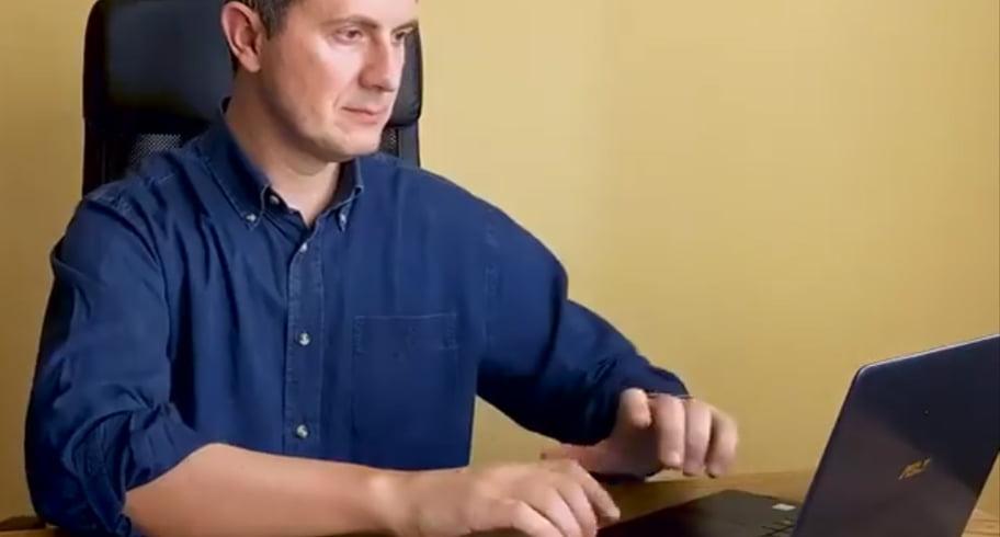 VIDEO. Cele mai amuzante parodii după ce Dan Barna a mimat tastatul la calculator