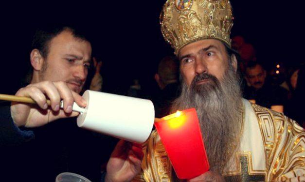 Unu' e Teodosie.  Ierarhul anunţă că anul acesta el va trimite Lumina la Ierusalim