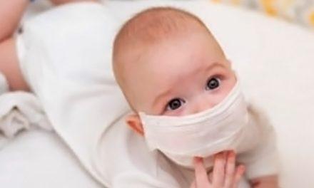 De ce copiii cu vârste mai mici de doi ani nu trebuie să poarte măști de protecție