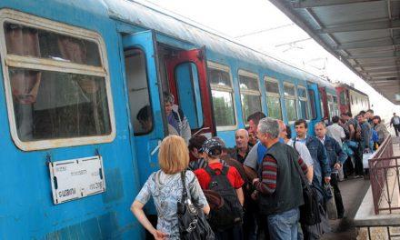Ministrul transporturilor: Dacă nu ai mască de protecție și mănuși, nu poți urca în tren, chiar dacă ai bilet