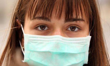 Prefectura a anunțat că masca de protecție devine obligatorie de la 1 august în zonele de promenadă din toate stațiunile din Constanța