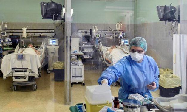 INSP: Tulpina britanică SARS-CoV-2 circulă în jumătate de țară. Al treilea val al epidemiei, probabil în luna martie