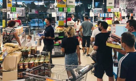 Restricții pentru Constanța: vineri, sâmbătă și duminică magazinele se închid la ora 18; de la 20 circulația e interzisă
