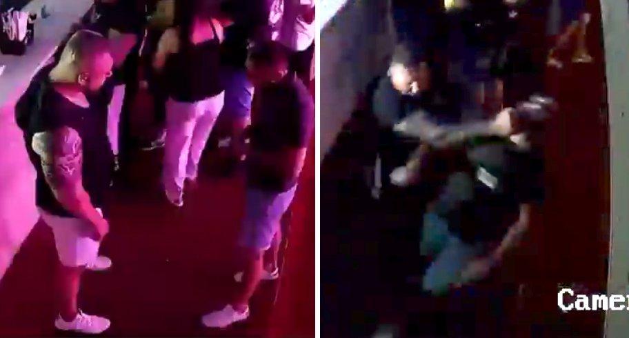 """VIDEO. Tânăr bătut de doi """"bombardieri"""" într-un bar pentru că a îndrăznit să ia şerveţele"""