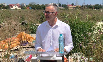"""VIDEO. Stelian Ion în cartierul Constanței unde oamenii trăiesc ca în Evul Mediu: """"Domnului Făgădău îi este jenă să vină aici. Știe cum va fi întâmpinat de oameni"""""""