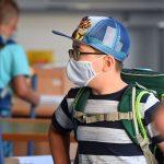 Toți elevii din Constanța se vor întoarce de luni la școală dacă incidența raportată mâine va fi sub 1 la mie